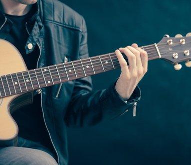 La musica la porta il lago